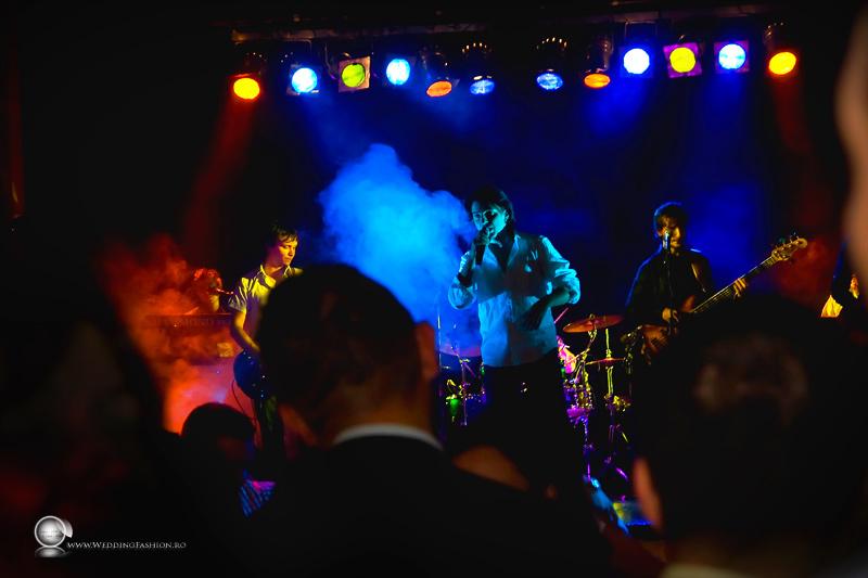 (c) Radics Zoltan www.weddingfashion.ro